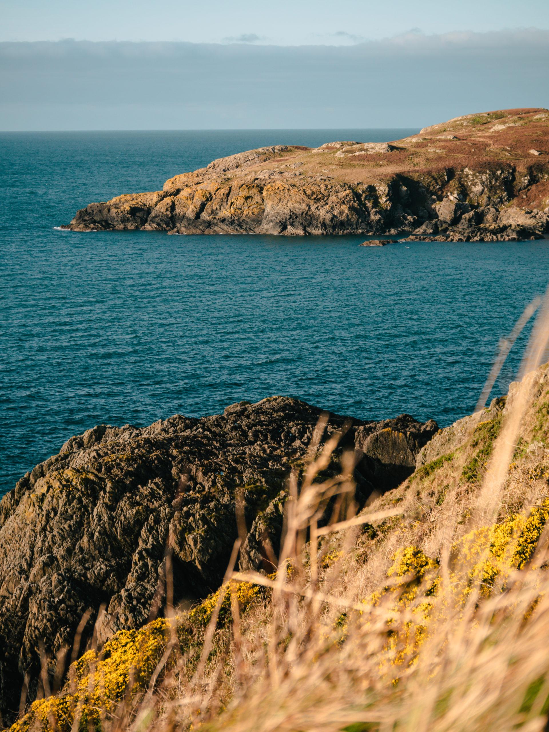 portnockie écosse mer promenade falaise