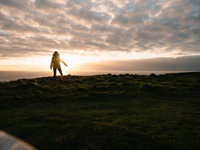coucher de soleil road trip solo